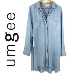 Umgee Chambray Frayed-Edge Button-up Tunic